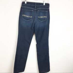 NYDJ Marilyn Straight Jeans Size 6 Back pocket gem
